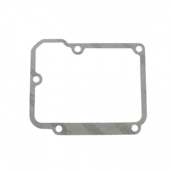 Inner chain cover to transmission